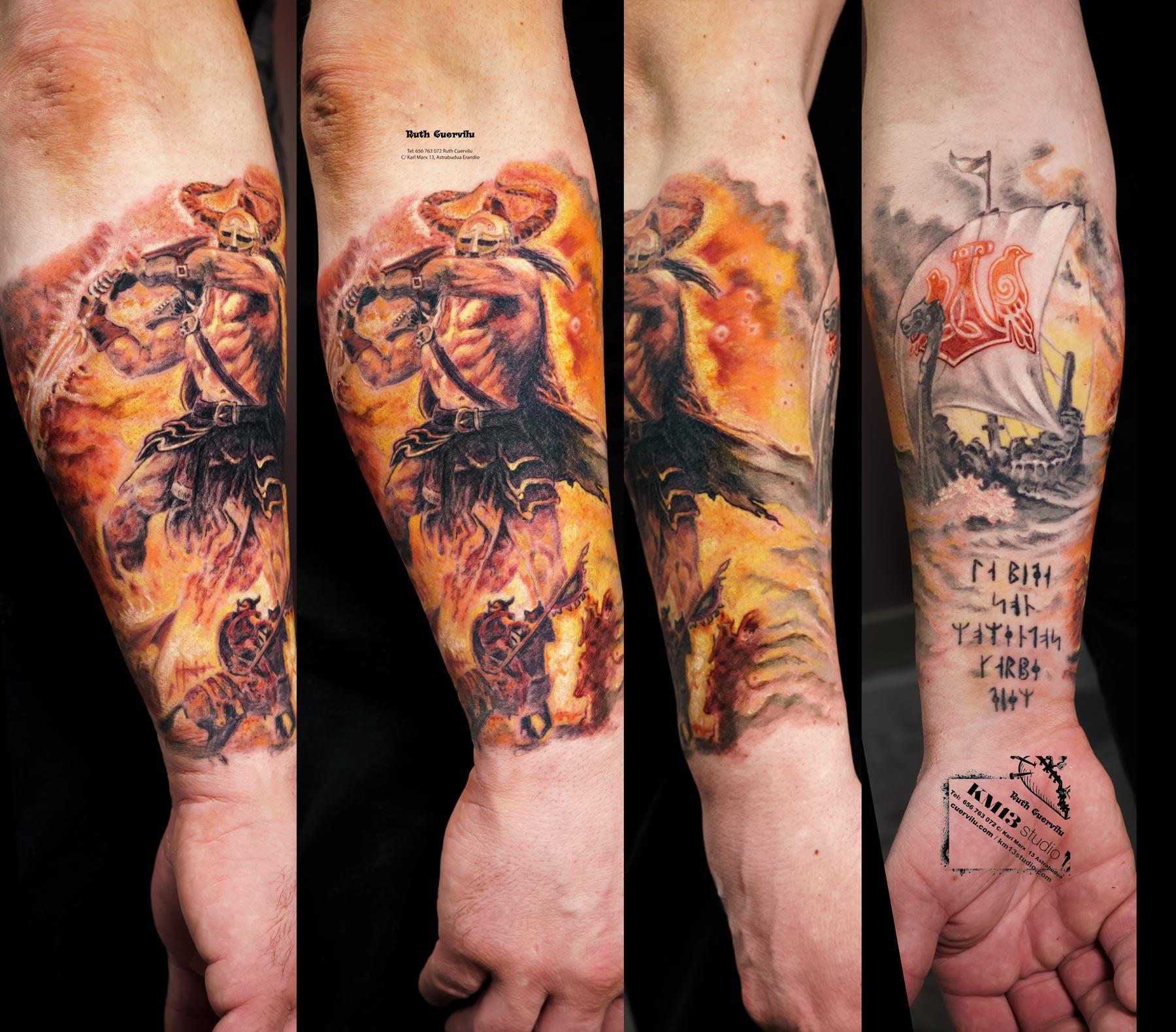 Tatuaje Amon Amarth Vikingo con Barco Drakkar - Ruth Cuervilu Tattoo - KM13 Studio - Estudio de tatuajes en Astrabudua Erandio Getxo, Bilbao Bizkaia Basauri barakaldo portugalete Gasteiz