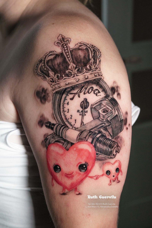 Tatuaje Aroa Motor Corazones - Ruth Cuervilu Tattoo - KM13 Studio - Estudio de tatuajes en Astrabudua Erandio Getxo, Leioa Bilbao Bizkaia Basauri barakaldo portugalete